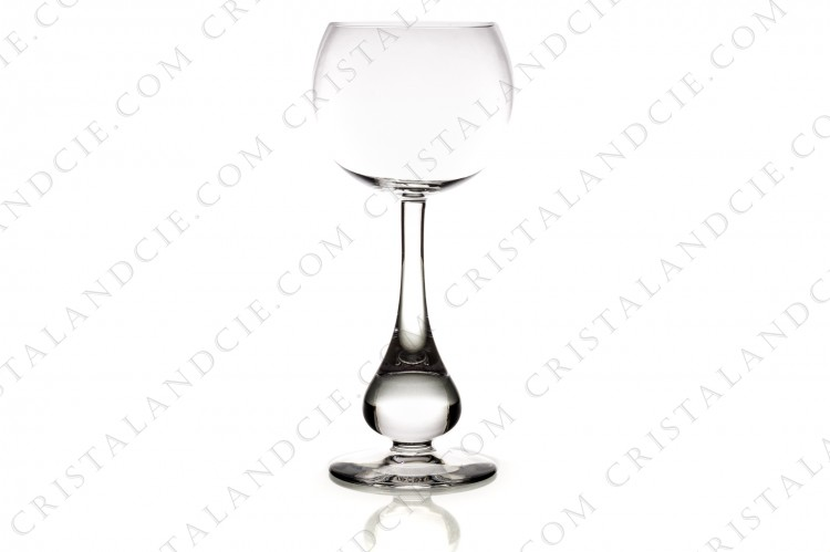 Watergoblet n°2 in crystal by Baccarat pattern Pavot with the foot as a gout