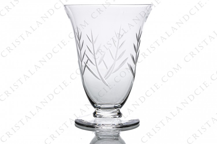 Water glass n°2 in crystal by Daum decorated with engraved branch
