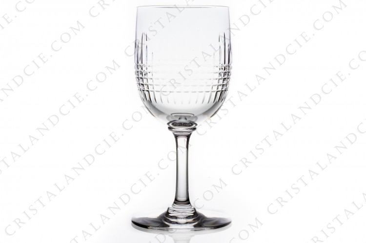 Wine glass n°3 in crystal by Baccarat pattern Nancy with an important cut pattern of grid photo-1