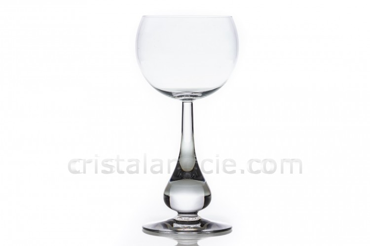 Wine glass n°4 in crystal by Baccarat pattern Pavot with the dawn of the stem as a gout