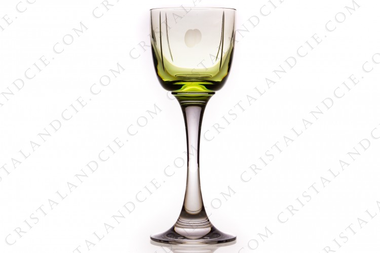 Wine glass n°3 in crystal by Baccarat pattern Tranquility green, decorated with cut ovals and strings photo-1