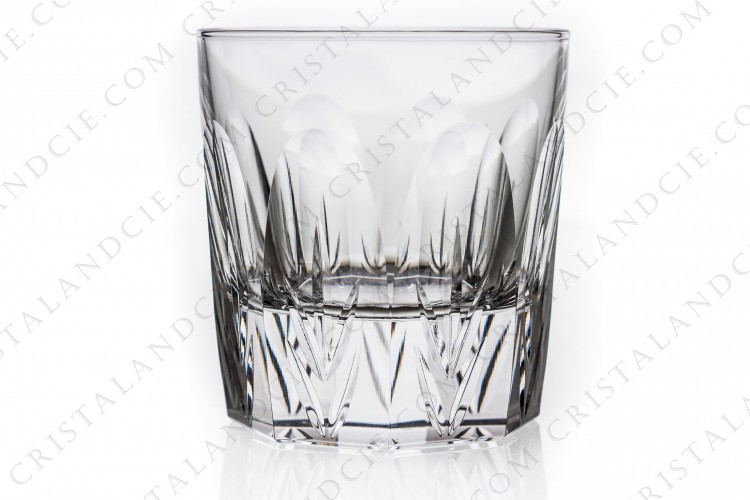 Whisky glass in crystal by Christofle pattern Alizés decorated with cut flatcuts and ears
