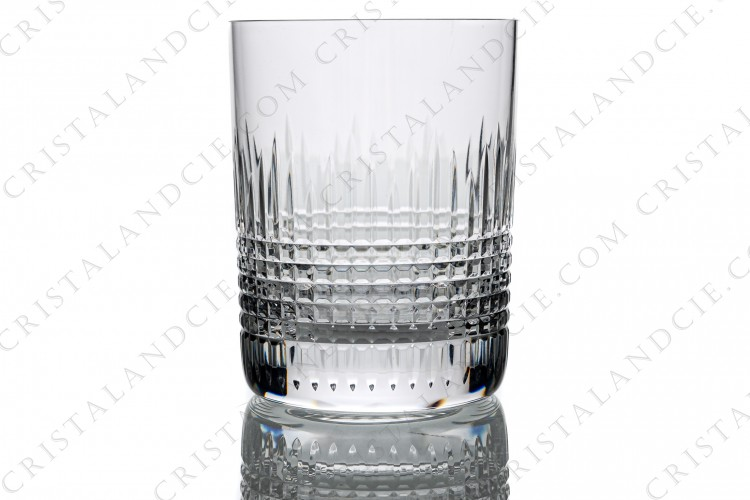 Whisky glass, tumbler n°3 in crystal by Baccarat pattern Nancy with an important cut pattern of grid