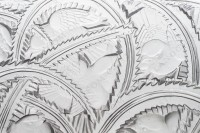 Bowl in crystal by Lalique pattern Pinsons with an important pattern of birds in leaf photo-3