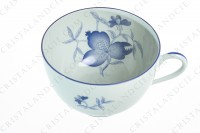 Breakfast cup in Limoges china by Haviland et Parlon pattern Shangaï bleu orient, decorated with flowers in shades of blue on a Celadon paste photo-3