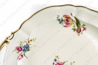 Cake dish in china of Limoges by Bernardaud shape Régence decorated with polychromes flowers photo-3