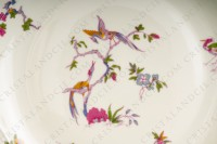 Round dish in china of Limoges by Bernardaud pattern Chantilly with a Japanese polychrome pattern of flowers and birds of paradise photo-3