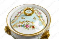 Covered bowl in china of Limoges with a hand painted pattern of polychromes and gold flowers photo-4