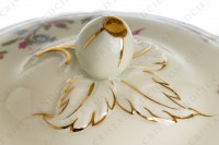 Soup tureen in china of Limoges by Bernardaud pattern Chantilly with a Japanese polychrome pattern of flowers and birds of paradise photo-4
