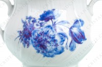 Sugar bowl in Limoges china by Bernardaud shape Palme decorated with blue bouquets of flowers photo-3