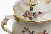 Sugar bowl in china of Limoges by Bernardaud pattern Bengali decorated with polychromes flowers and birds of paradise photo-4