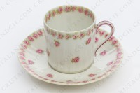 Coffee cup in china of Limoges by Theodore Haviland decorated with polychromes roses photo-2