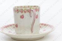 Coffee cup in china of Limoges by Theodore Haviland decorated with polychromes roses photo-5