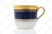 Coffee cup in china of Limoges by Theodore Haviland decorated with a gold inlays arabesques frieze on a cobalt blue background photo-4