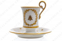 Chocolate cup in Limoges china with a gold hand painted pattern with attributes of Napoleon the 1st photo-2