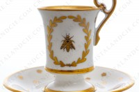 Chocolate cup in Limoges china with a gold hand painted pattern with attributes of Napoleon the 1st photo-5
