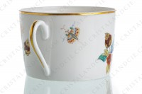 Tea cup in Limoges china by Haviland pattern Cathay decorated with polychromes flowers photo-4