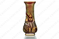 Art Nouveau vase in green and red double layer crystal by Baccarat pattern with tiger lilies decorated with red gold enhanced tiger lilies on a green engraved with acid background photo-3