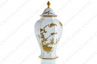 Covered vase in Limoges china with a gold Japanese pattern photo-3
