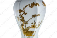 Covered vase in Limoges china with a gold Japanese pattern photo-6