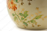 Vase in Limoges china by the Société limousine de porcelaine, hand painted by Faury, decorated with red flowers gold enhanced on a beige and green background photo-5