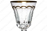 Water glass n°2 in crystal by Saint-Louis pattern Excellence with a richly pattern of engraved flat cuts and diamond tips and gold borders photo-3