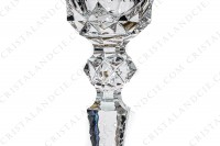 Water glass n°2 in crystal by Saint-Louis pattern Excellence with a richly pattern of engraved flat cuts and diamond tips and gold borders photo-4